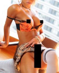 Transgirl Andrea (24) bietet Videos, Fotos und Wäsche!