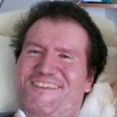 Netter Kuschler sucht Opa zum kuscheln