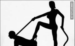 Umgezogen: Junger Sklave sucht neue Herrin