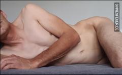 Körper und Willen in strenge Händen abzugeben
