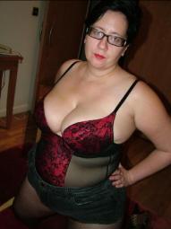 Frau 42jahre alt biete sex fotos und videos an