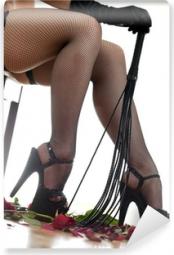 Mistress Layla sucht einen hingebungsvollen Sklaven