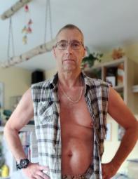 Er 54, sucht ein nettes (Anfänger) Pärchen