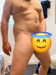 Junger Mann sucht Sie für zärtlichen AO-Sex